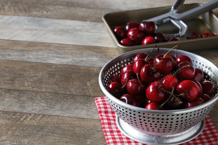 bing cherry fruits, american sweet cherry