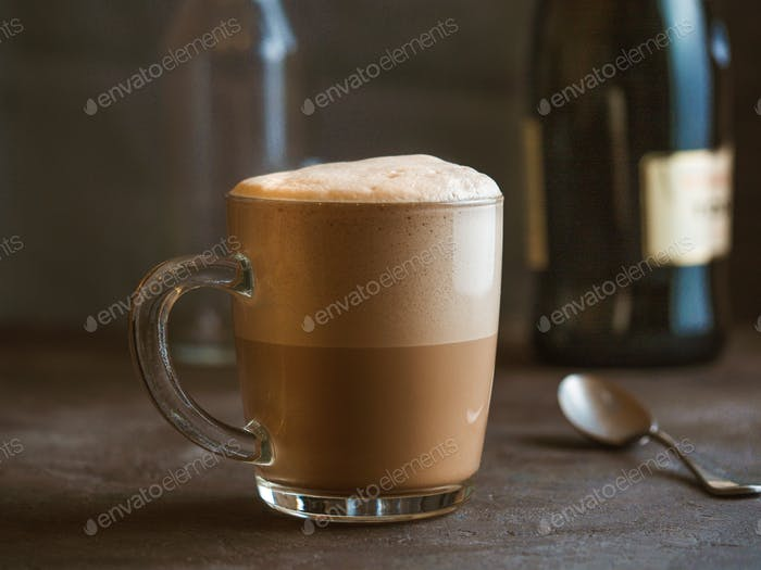 Raf Kaffee - Kaffee gedämpft mit Sahne