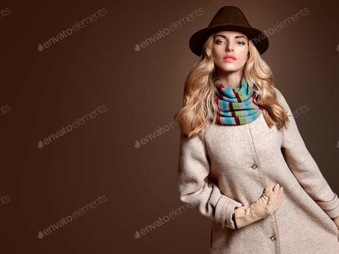 Fall Fashion. Woman in Autumn Outfit. Stylish Coat