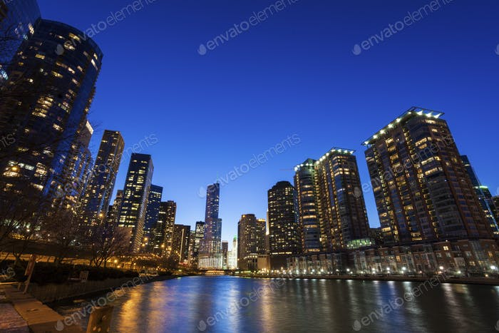 Chicago architecture along the river