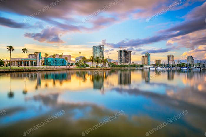 St. Petersburg, Florida, USA downtown city skyline