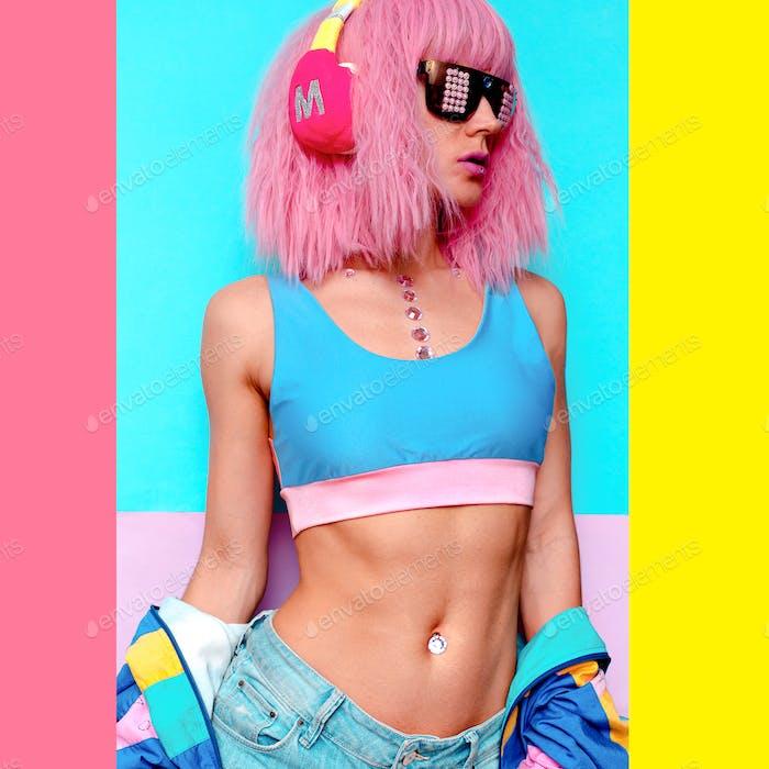 Minimaler Pop Art-Stil. Kreatives DJ Mädchen. Sexuelle Körper