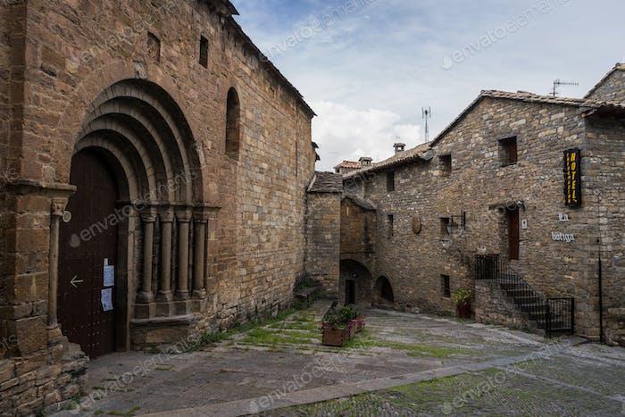 Ainsa mittelalterliches Dorf, Spanien