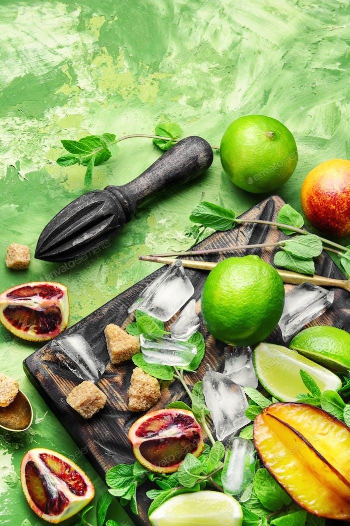 ingredientes de cítricos para la bebida de desintoxicación