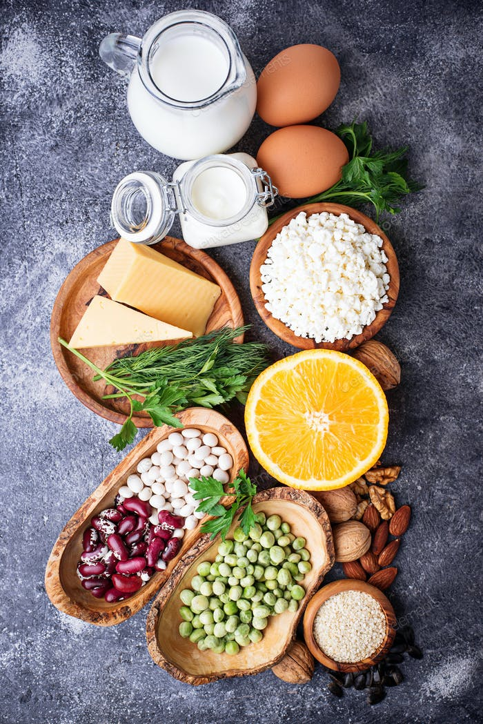 Set of food that is rich in calcium.