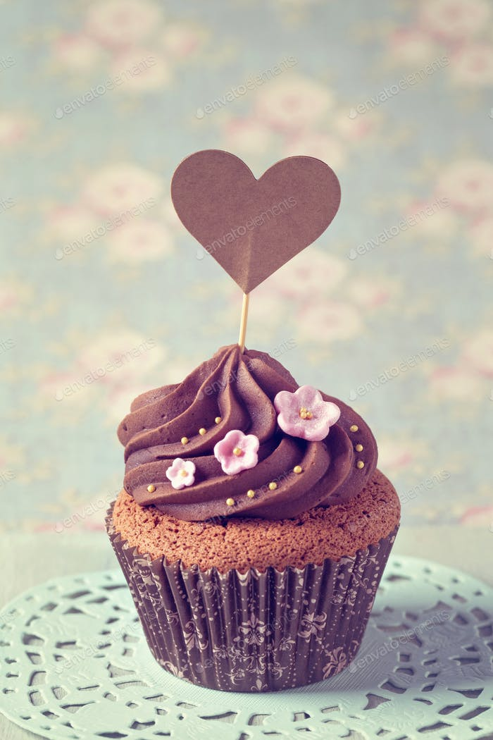 Cupcakes with sweet  flowers
