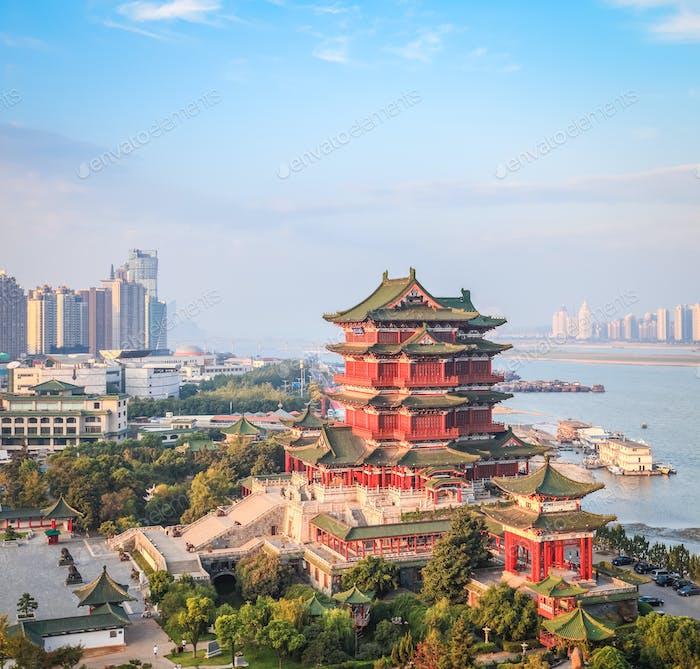 schöne nanchang tengwang pavillon am frühen Morgen