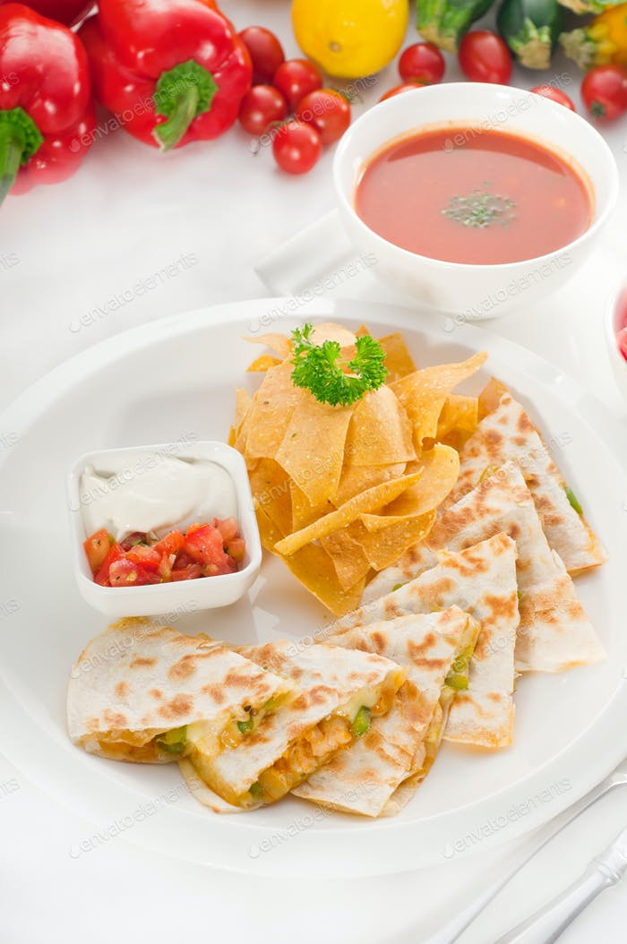 original Mexican quesadilla de pollo