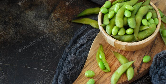 Green Organic Edamame beans
