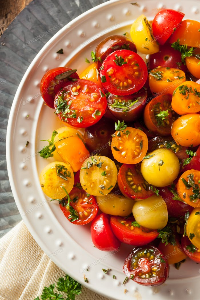 Raw Organic Cherry Tomato Salad