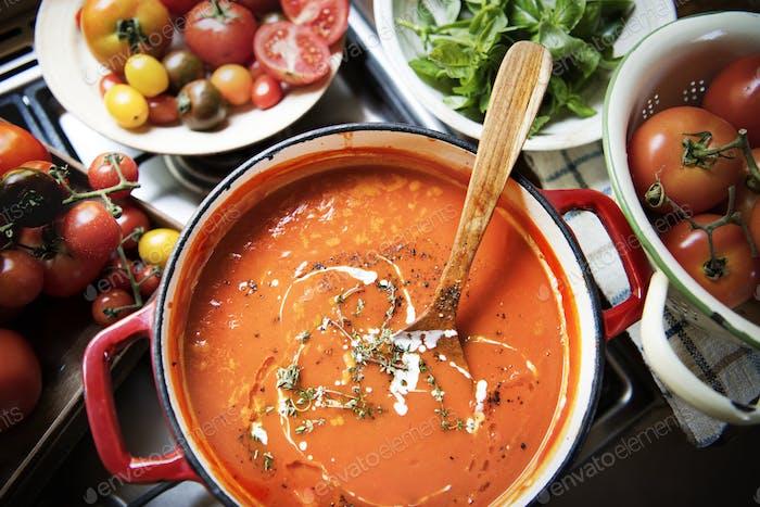 Creamy tomato sauce food photography recipe idea