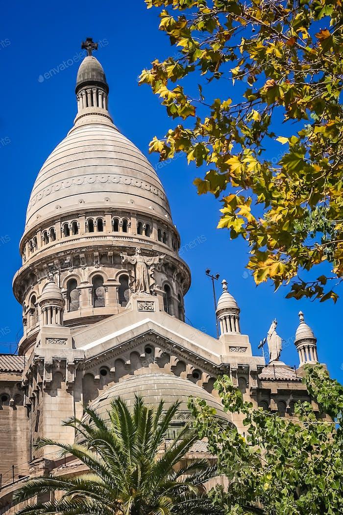 Basílica de los Sacramentinos dome in Santiago