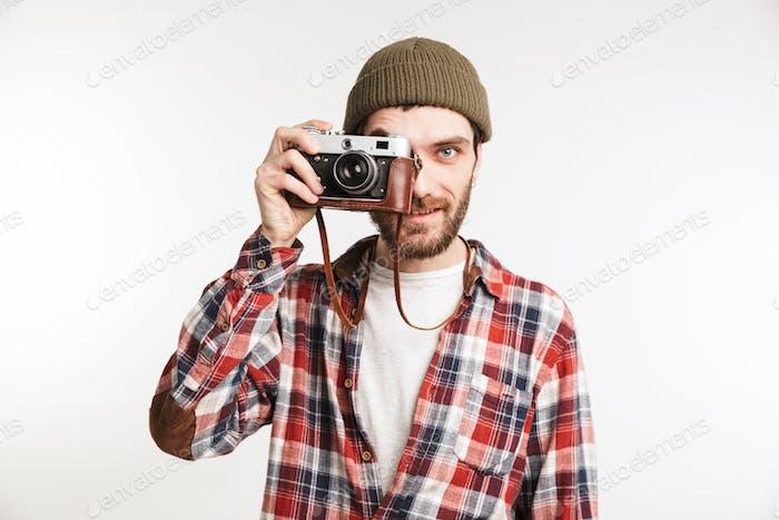 Porträt eines hübschen jungen Mannes Tourist