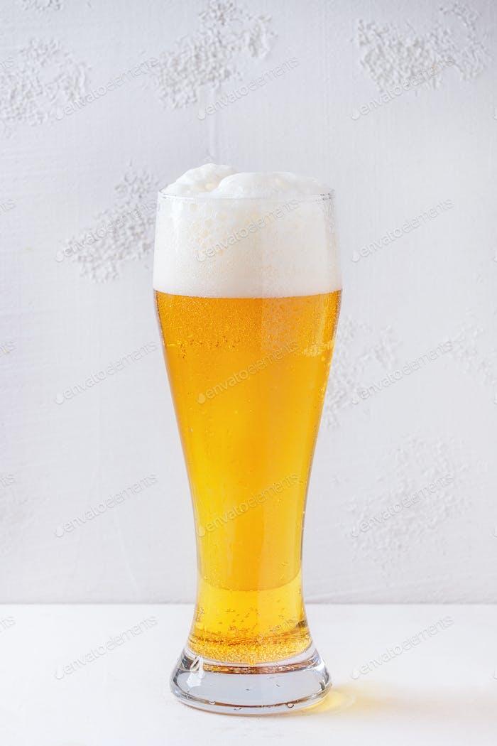 Glas Lagerbier