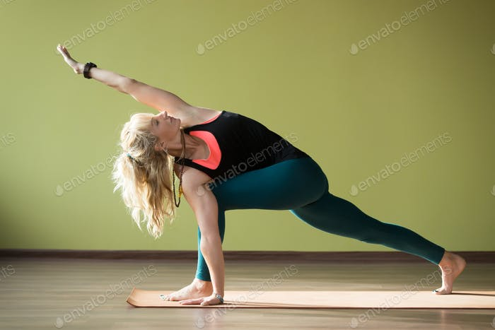 Revolved Side Angle Pose