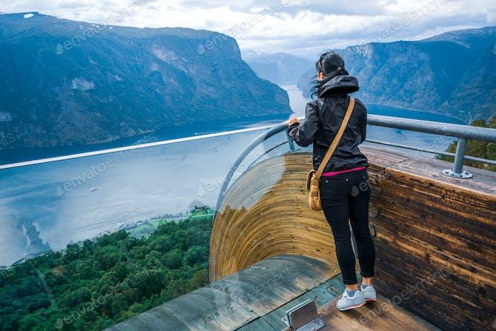 Stegastein Aussichtsplattform Schöne Natur Norwegen Aussichtsplattform