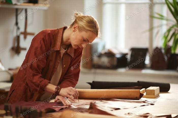 Professional Leather Craft Artisan