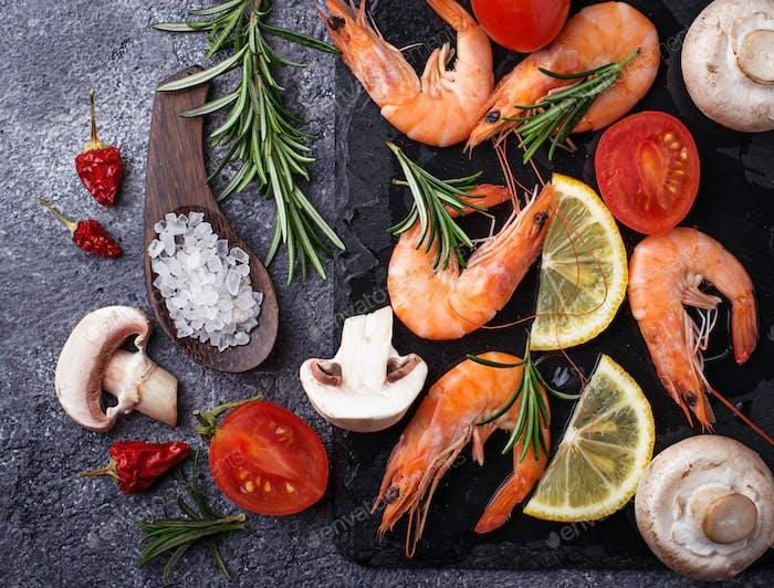 Prawns shrimps with vegetable