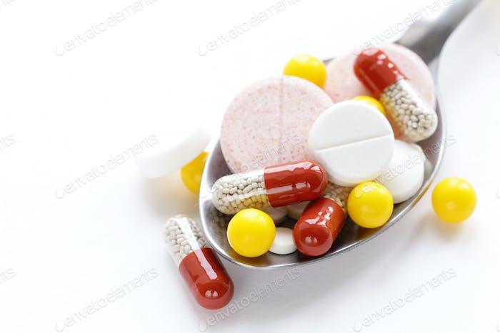 Verschiedene Pillen
