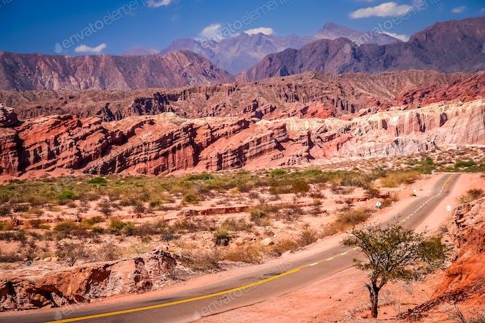 Impresionante Carretera colorida