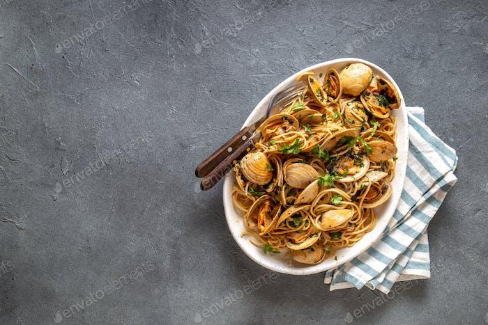 Meeresfrüchte Pasta. ITALIENISCHE SPAGHETTI ALLE VONGOLE.