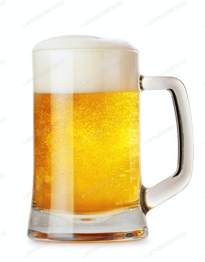 Стеклянная кружка с пивом