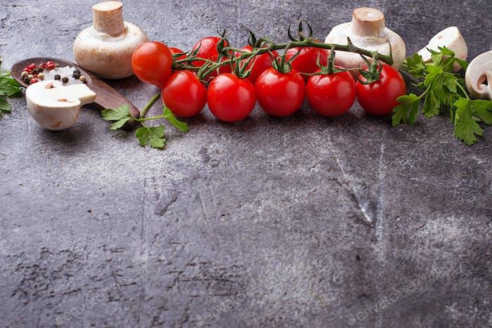 Cherry tomatoes and mushrooms