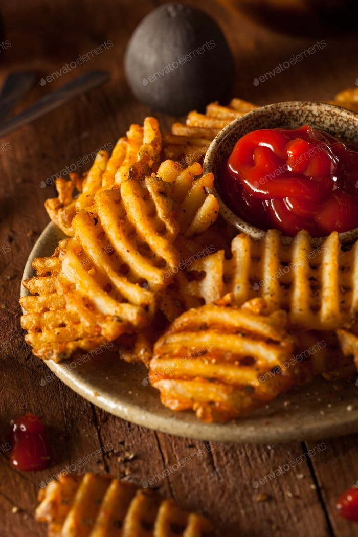 Crispy Homemade Waffles Fries