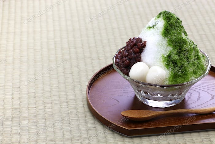 ujikintoki kakigori, japanese shaved ice with matcha green tea syrup and azuki red beans jam