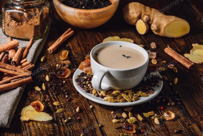Tasse indischer Masala-Tee