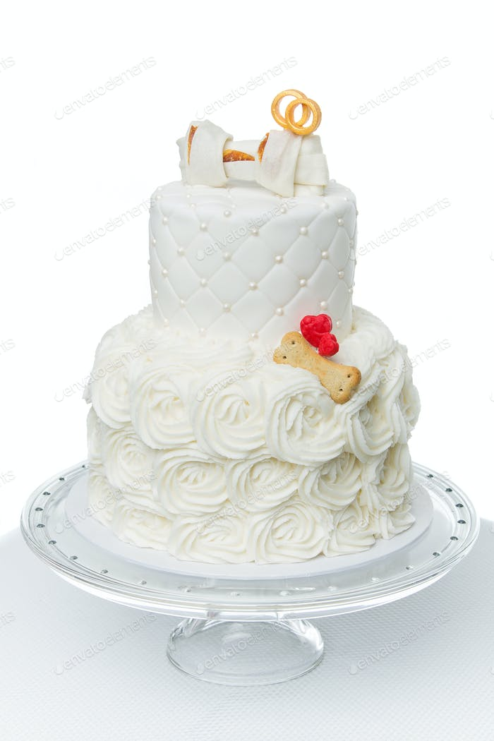 cake with bone for dog wedding