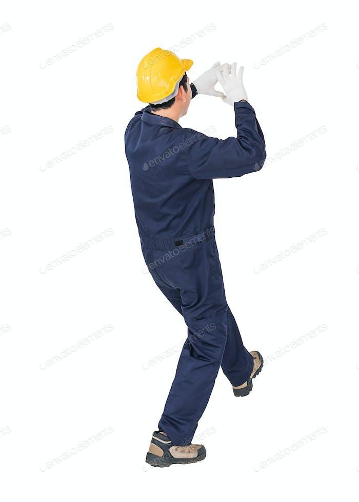 Workman mit blauen Overalls und Hardhut in Uniform mit Clipping-Pfad 2