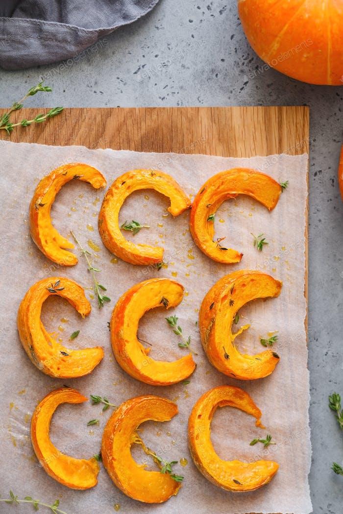 Baked pumpkin slices