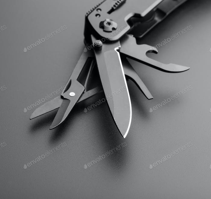 Multitool Messer
