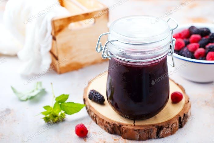 Beeren Marmelade