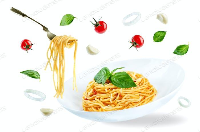Flying Pasta with Marinara sauce and fresh Basil