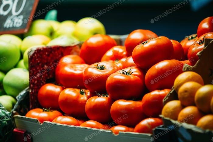 Agricultural products of local farmers in the grocery market