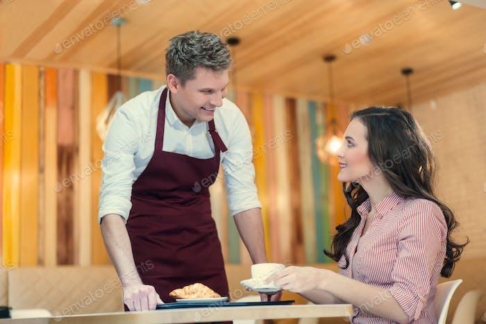 Menschen in der Bäckerei