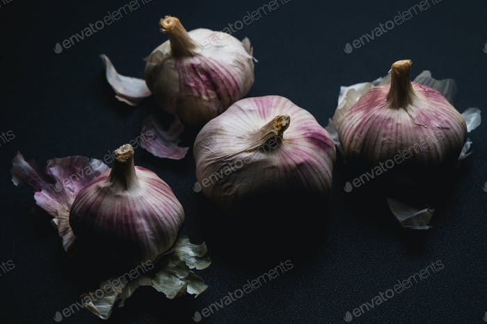 Garlic in dark mood