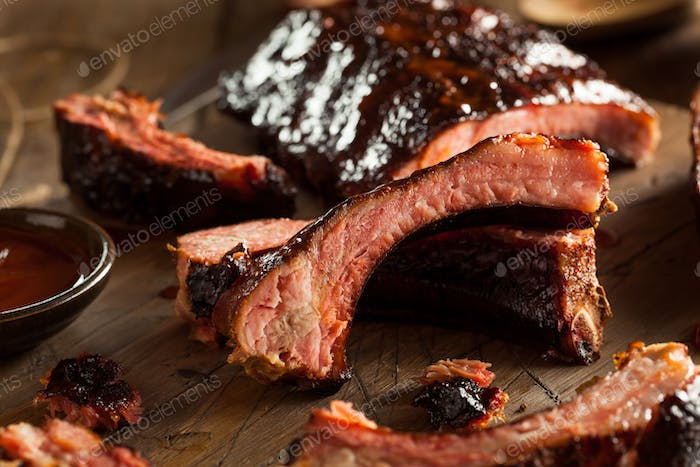 Homemade Smoked Barbecue Pork Ribs