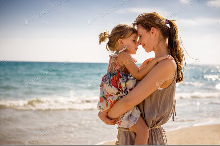 1pride motherhood with girl