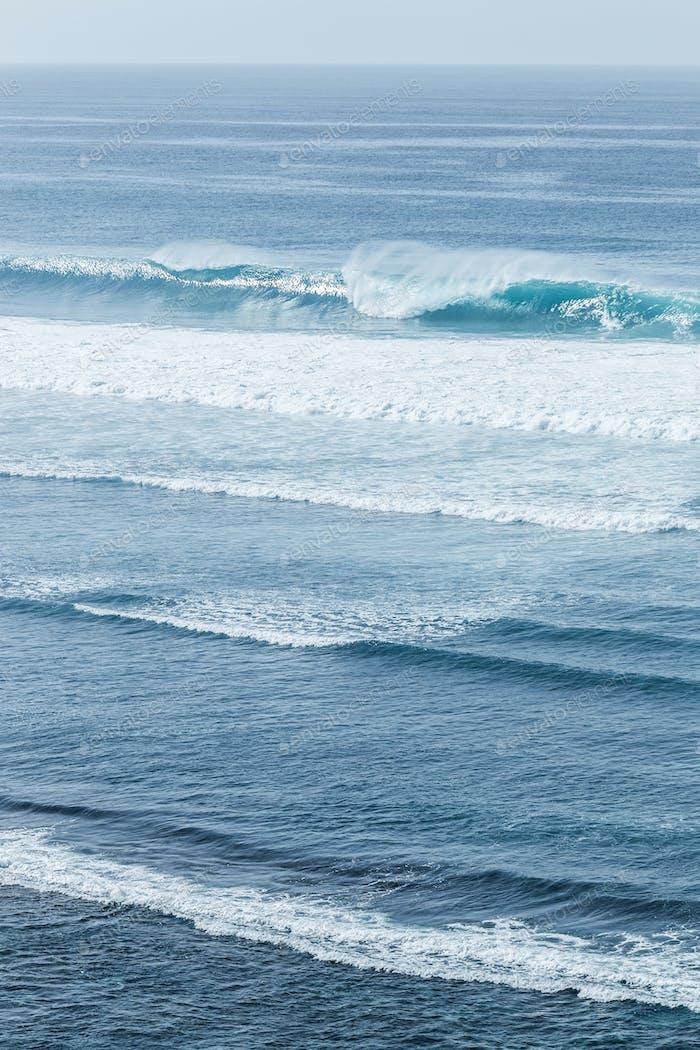 Huge ocean wave in Bali