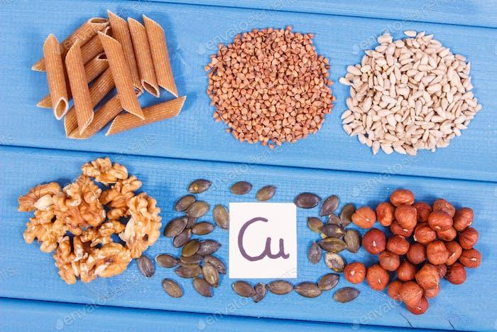 Produkte und Inhaltsstoffe, die Kupfer und Ballaststoffe enthalten, gesunde Ernährung
