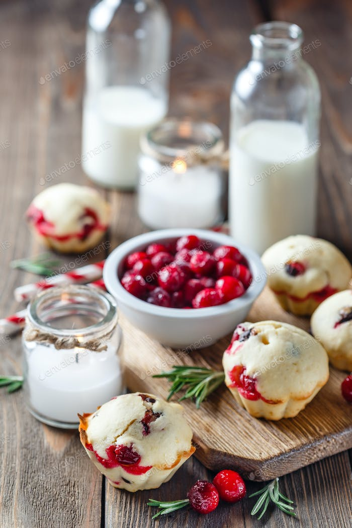 Muffins with cranberries and chocolate