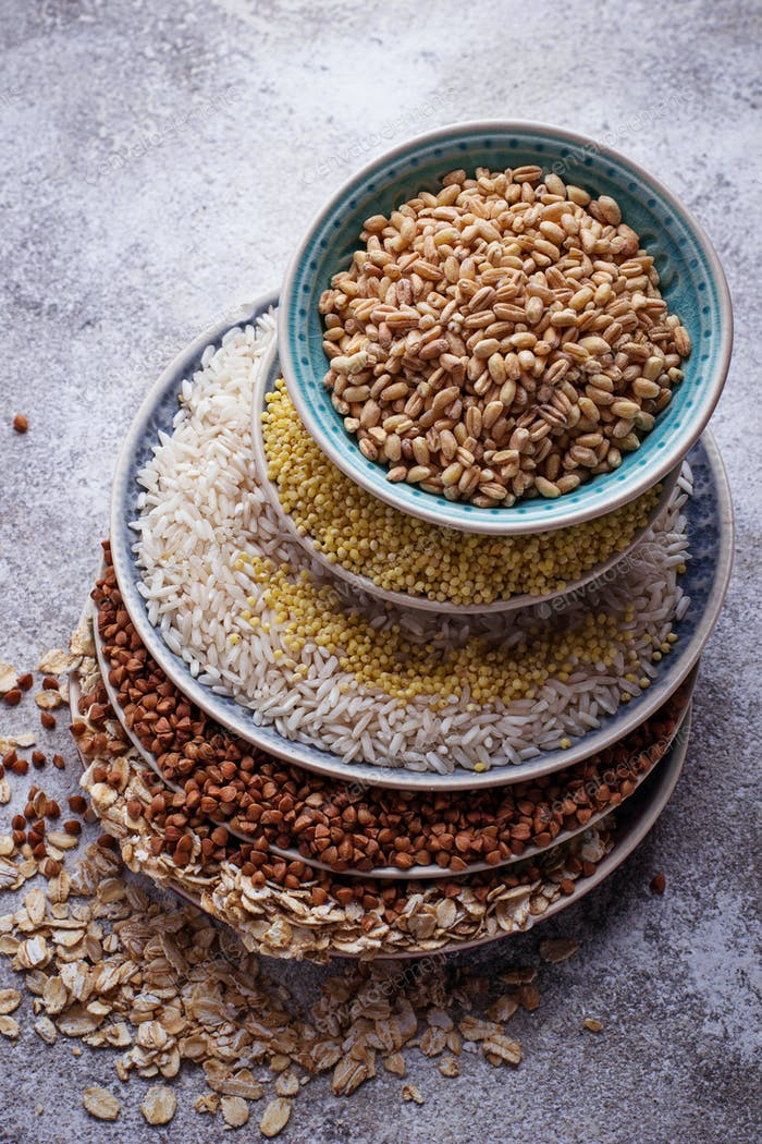 Different type of groats: rice, semolina, wheat, oatmeal, oat, buckwheat