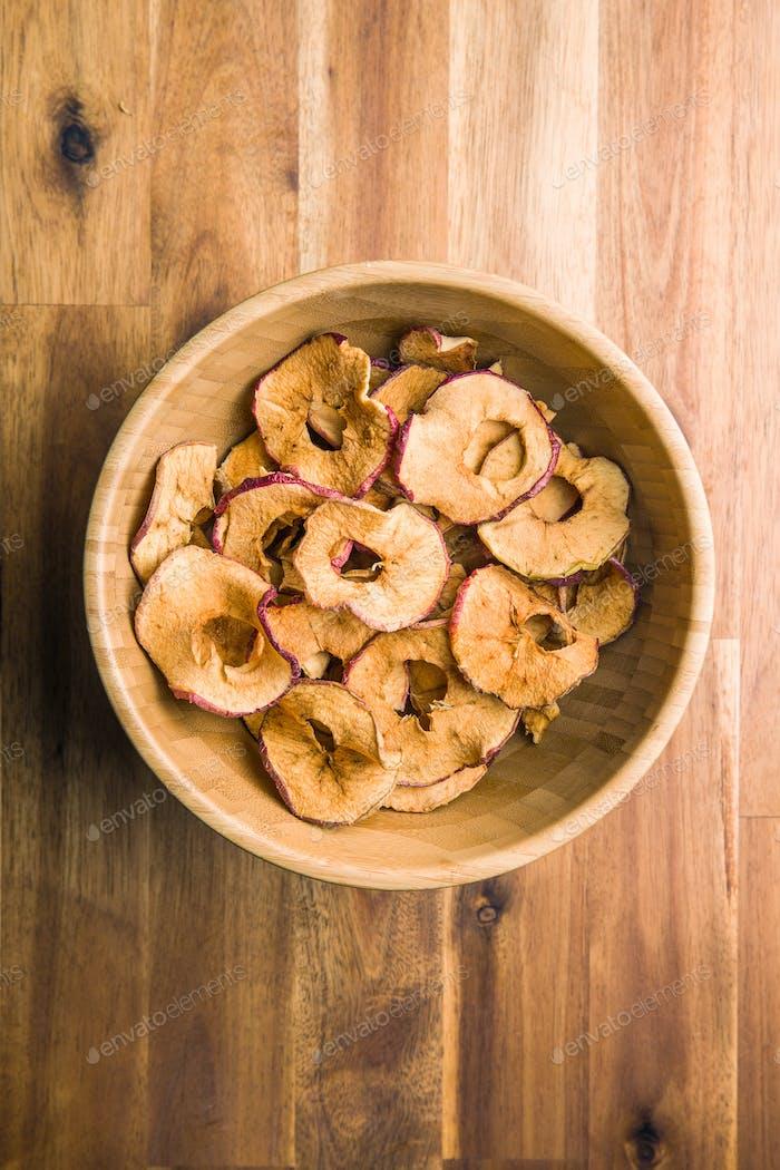 Getrocknete Apfelscheiben.