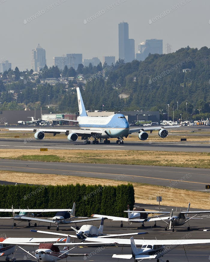45482,Air Force One At Boeing Field