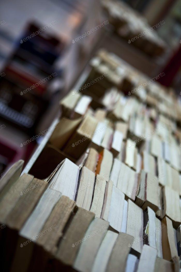 Expositores de Libro antiguos