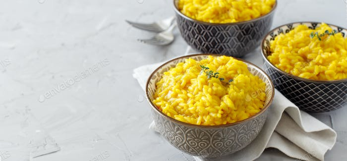 Risotto with curcuma