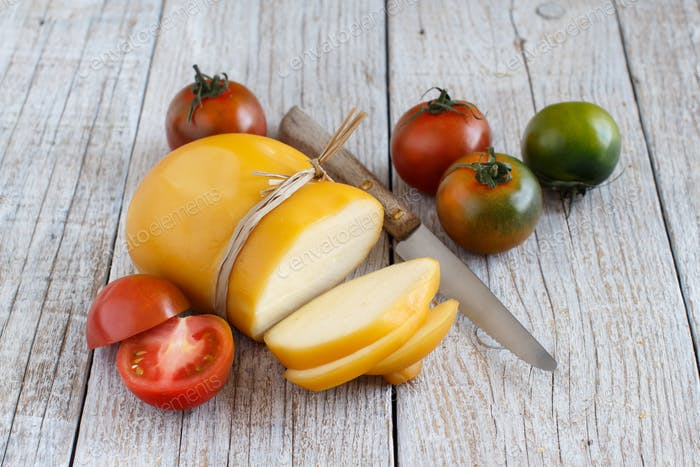 Scamorza with tomatoes